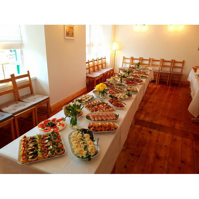 parties big table